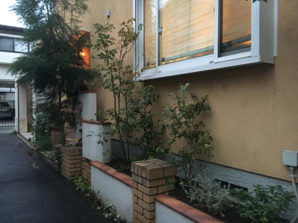 和田邸 花壇2